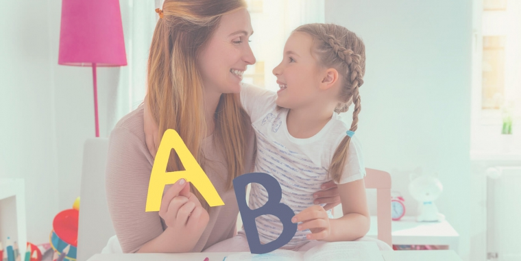 Czy mieszkając za granicą, warto uczyć dziecko języka polskiego?